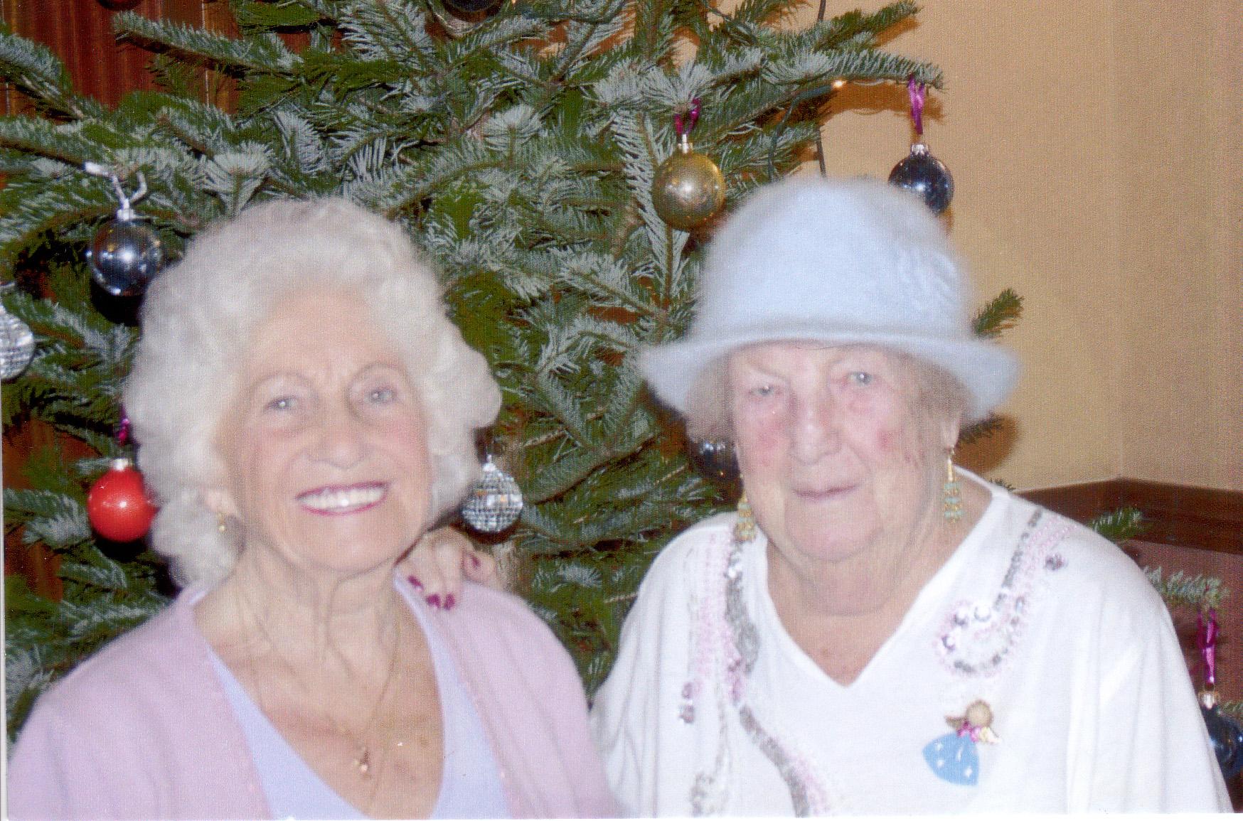 Xmas 2003 mum on right